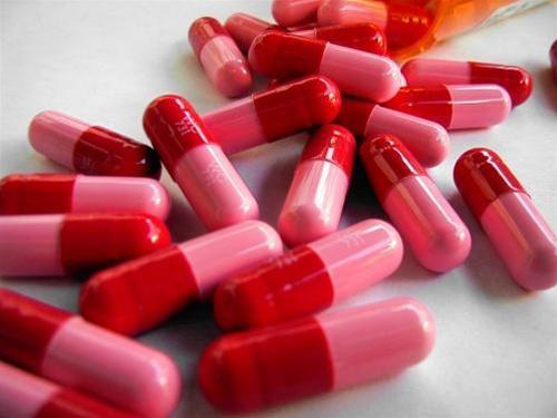 khang sinh Viêm đại tràng do dùng thuốc