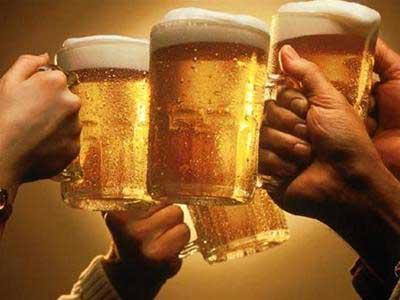 Uống rượu hoặc bia rồi đi lỏng (phân có nhầy) 3-4 ngày rồi hết 1