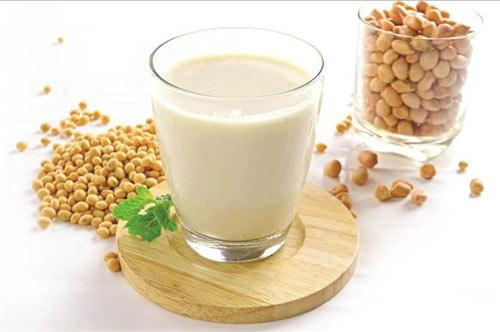 Trị rối loạn tiêu hóa bằng sữa chua đậu nành 1