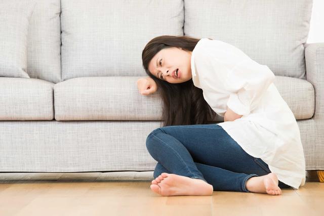 Đau bụng đi ngoài buồn nôn là dấu hiệu bệnh gì? 1