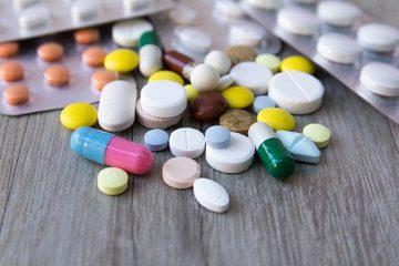 Viêm đại tràng uống thuốc gì?